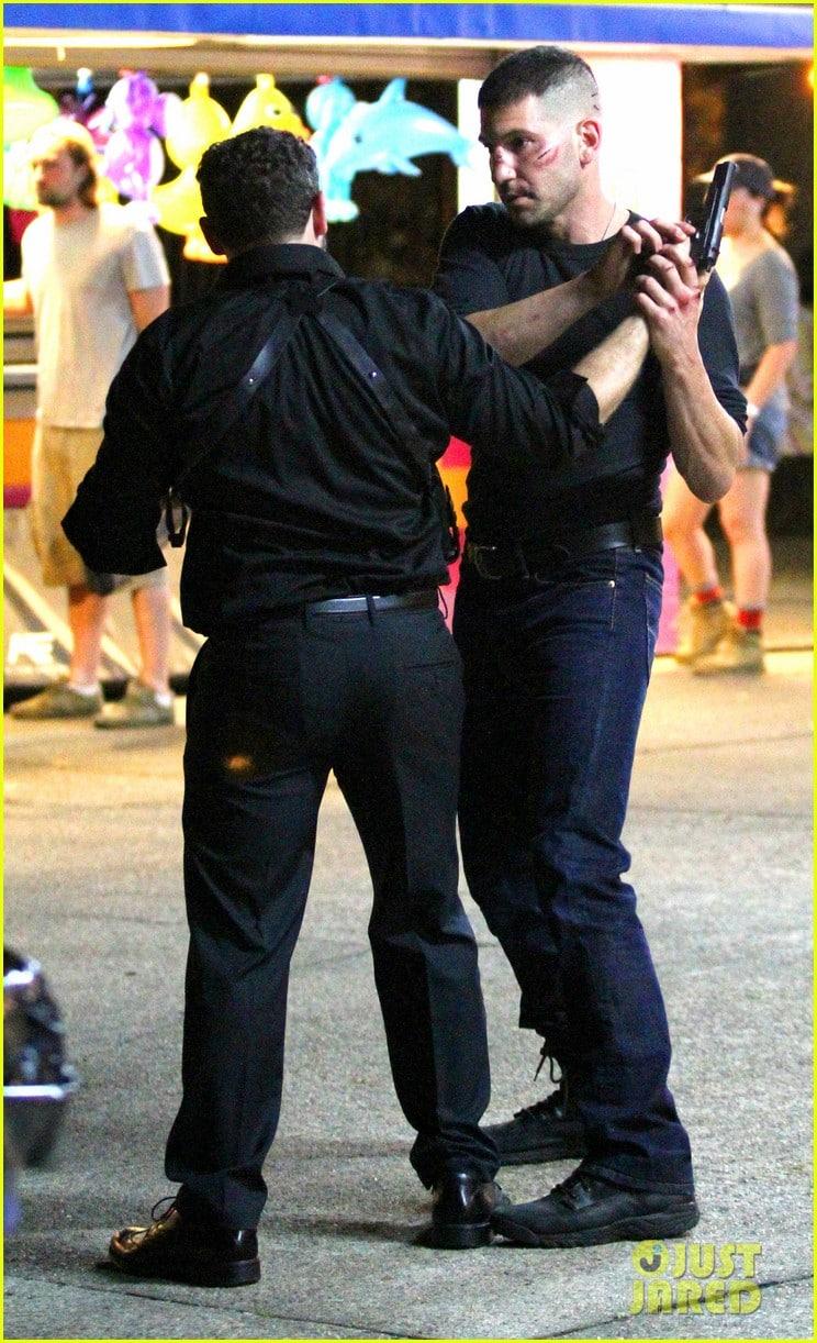 A beat up Jon Bernthal films a fight scene for 'Daredevil' **USA ONLY**